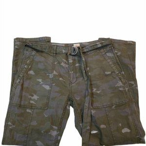 ANTHROPOLOGIE The Wanderer Camo Utility Crop Pants